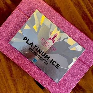 "NWT-""PLATINUM ICE"" HIGHLIGHTER PALETTE-JSC"